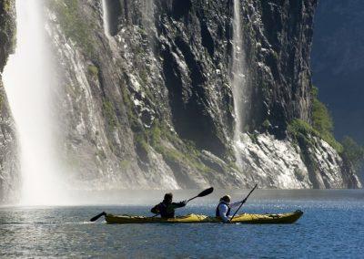 Grandes Cascadas en el Fiordo de Romsdal