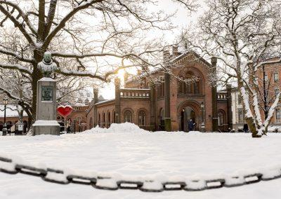 La Catedral de Oslo en Invierno